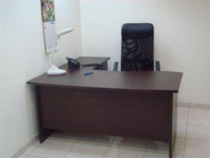 שולחן משרדי איכותי