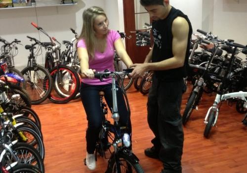 איך לקנות אופניים חשמליים