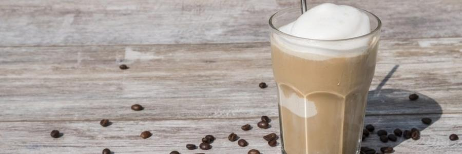 אייס קפה – הפתרון הקיצי למכורים לקפה