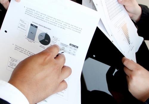 5 שאלות שיעזרו לך לדעת האם לכתוב תוכנית עסקית לבד או עם יועץ כלכלי