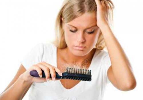 10 טיפים נגד נשירת שיער