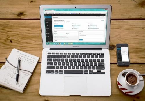 איך בונים אתר אינטרנט מקצועי בחינם