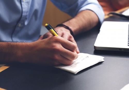 כיצד בוחרים אצל מי לעשות ביטוח אחריות מקצועית
