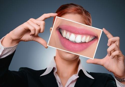 השתלת שיניים מחיר  - לא עושים לפני שבודקים